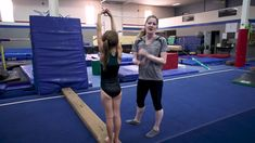 Cartwheel drills for young gymnasts Gymnastics Lessons, Preschool Gymnastics, Gymnastics Floor, Tumbling Gymnastics, Gymnastics Coaching, Gymnastics Videos, Gymnastics Workout, Gymnastics Stuff, Toddler Gymnastics