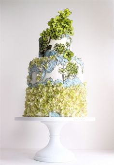 Hydrangeas Hand-Painted Wedding Cake - the perfect example of how stunning textured icing mixed with paint on fondant can look! Crazy Wedding Cakes, Wedding Cake Photos, Wedding Cake Stands, Crazy Cakes, Beautiful Wedding Cakes, Gorgeous Cakes, Fancy Cakes, Pretty Cakes, Bolo Floral