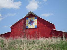 quilt barn. Ainsworth, Iowa on Highway 218