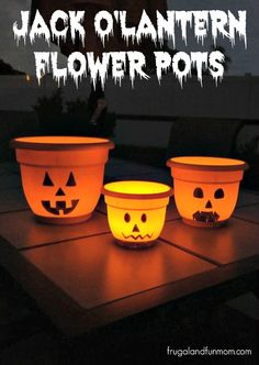 Jack O'Lantern Flower Pots!  #EASY #DIY #Halloween