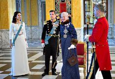 H.M. Dronning Margrethe afholder nytårskur for det diplomatiske korps på Christiansborg Slot, København.