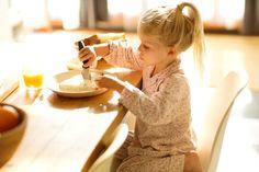 Sanotaan, että aamupala on päivän tärkein ateria. Miten sinä aloitat aamusi? Chair, Decor, Decoration, Stool, Decorating, Chairs, Deco