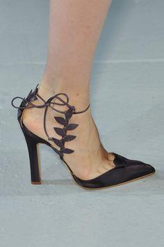 f44896209de5 tumblr mtcdc9y7FP1r3ydyuo1 500.jpg (498×750) Zapatos Shoes