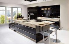 Colours For Kitchen Cabinets 2018 Kitchen Cabinet Colors, Painting Kitchen Cabinets, Kitchen Paint, Kitchen Colors, Black Gloss Kitchen, Bed Headboard Design, German Kitchen, U Shaped Kitchen, Quality Kitchens