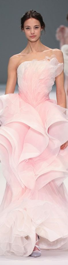 Spring 2015 Couture Ralph & Russo  #RePin by Dostinja - WTF IS FASHION featuring my thoughts, inspirations & personal style -> http://www.wtfisfashion.com/