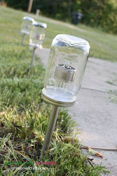 Crafts with Jars: Mason Jar Solar Lights Diy Solar, Solar Light Crafts, Solar Lights For Garden, Solar Hanging Lights, Solar Chandelier, Mason Jar Solar Lights, Mason Jar Lighting, Jar With Lights, Mason Jar Lamp