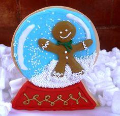 Dulces Encantados. CoDulces Encantados. Cookies And; cakes. Cursos de galletas navideñas hermosamente decoradas, no importa si no tiene conocimientos, son cursos 100% personalizados, nos interesa que aprenda.Foto: Bola de cristal en forma de galleta