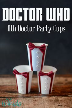 Are you a Doctor Who fan? Make these clever Matt Smith Doctor Doctor Who paper party cups for your next geeky party. Or any time you need to remind yourself that bow ties are cool! Dr Who, Nerd Party, Doctor Who Party, Doctor Who Wedding, Diy Party Cups, Doctor Who Birthday, Doctor Who Wallpaper, 11th Doctor, Diy Doctor