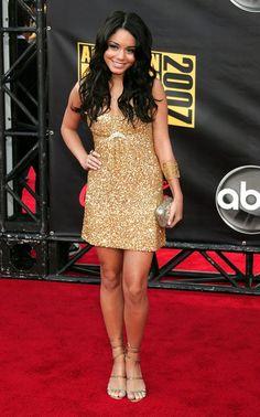 Vanessa Hudgens - 2007 American Music Awards - Arrivals