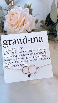 grandma necklace, gift for grandma on wedding day. Mothers day gift! Going to be a grandma!