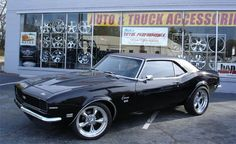 American Muscle Cars : Lord have mercy....I see a theme here!! All black, lots of chrome & lots of power!!