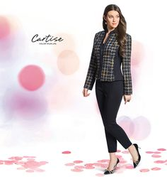 Plaid jacket with black panel details. #fallfashion #musthave #Cartise #women #apparel #coloryourlife www.cartise.ca