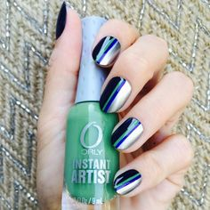 40 Holiday Nail Art Designs That Are Festive, Without Being Cheesy ~ Cute Nail Art, Nail Art Diy, Beautiful Nail Art, Easy Nail Art, Cute Nails, Simple Nail Art Designs, Cute Nail Designs, Water Marble Nail Art, Gel Manicure