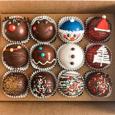 Hot Chocolate Gifts, Christmas Hot Chocolate, Hot Chocolate Bars, Hot Chocolate Recipes, Chocolate Covered, Bakery Business Plan, Chocolate Chip Walnut Cookies, Cocoa Brownies, Pinata Cake