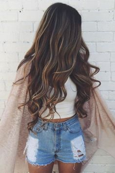 Tips And Tricks For Beautiful Hair With Minimum Fuss. While nearly everyone appreciates the look and feel of healthy hair, not everyone understands the best way to obtain it. Looks Adidas, Bayalage, Dream Hair, Gorgeous Hair, Hair Looks, Pretty Hairstyles, Her Hair, Hair Inspiration, Curly Hair Styles