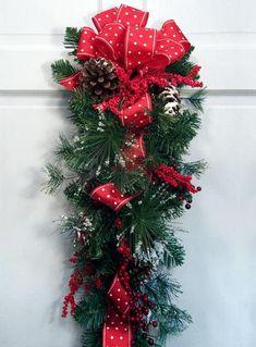 Festive Holiday Swag