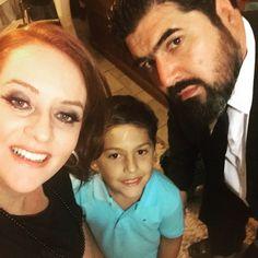 Essa família tão linda tá passando na sua timeline pra desejar uma semana incrivelmente fantástica!!!! #FamiliaTescaroNeves #PriTescaro #PietroTescaroNeves #PriscilaTescaro #Felicidade #VidaPlena #PorUmaSemanaFeliz #Ubuntu #AmoMaisQueTudo