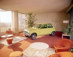 A Renault 5 in the living room.of course Velo Vintage, Vintage Cars, Retro Cars, French Classic, Classic Cars, French Vintage, Car Photos, Car Pictures, Car Pics