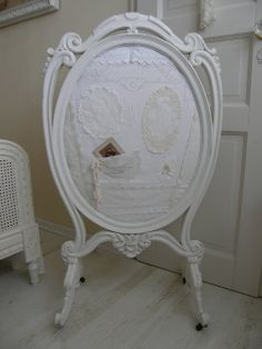Vintage Girl - a beautiful use for an old mirror frame