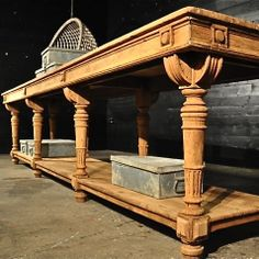 19TH CENTURY FRENCH OAK DRAPERS TABLE