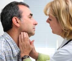 15 ιδέες για υγιεινά γλυκά σνακ διαίτης για τη λιγούρα σου από τη διαιτολόγο - Shape.gr Throat Problems, Sinus Problems, Thyroid Nodules, Underactive Thyroid, Treatment For Sore Throat, Sinus Drainage, Swollen Lymph Nodes