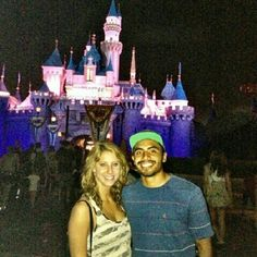 Instagram user @lindseydoug shows us a lovely night in Magic Kingdom. A night to remember!