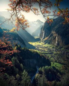Lauterbrunnen, Switzerland - Travel tips - Travel tour - travel ideas Beautiful World, Beautiful Places, Beautiful Pictures, Places To Travel, Places To Go, Travel Destinations, Landscape Photography, Nature Photography, Nature View