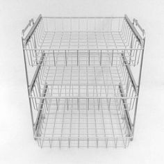 Ein Korb Kombisystem ist schnell montiert. Nur 6 Schrauben und schon ist jede Menge Stauraum im Schrank geschaffen. Erhältlich mit 2 oder 3 Etagen und in 5 Breiten.