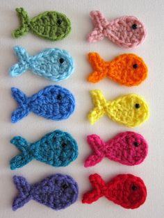 10pcs Crochet FISH Applique multicolor by PinkMeStudio on Etsy - this shop has THE cutest hand-made crochet appliques, perfect to sew onto a onesie, beanie hat etc.