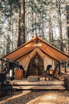 Camping in Big Sur California, in the woods Tent Living, Outdoor Living, Camping Glamping, Outdoor Camping, Luxury Glamping, Camping Sauvage, Wall Tent, Outdoor Rooms, The Great Outdoors