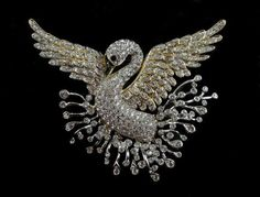 NOLAN MILLER GLAMOUR COLLECTION SIGNATURE SWAN ELABORATE PAVE CRYSTAL PIN NEW
