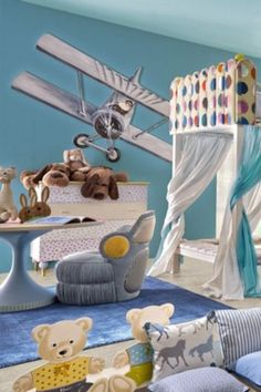 Ideas for boys bedrooms | Get more inspirations by checking out Circus' amazing bedroom furniture for boys! Go to CIRCU.NET . . #circumagicalfurniture #magicalfurniture #kids #kidsroom #kidsbedroom #kidsinteriors #kidsinteriordecor #kidsfurniture #kidsroomdecor #kidsmirror #kidsideas #interiordesign #luxurydesign #interiordesigner #architecture #bedroomdecor