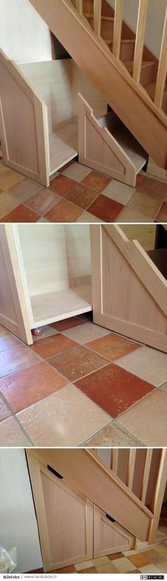Placard sous escalier par Zeloko - Un petit placard pour optimiser le rangement sous un escalier.Il est constitué de deux tiroirs montés sur roulettes en contreplaqué peuplier avec 2 façades rapportées en hêtre massif.