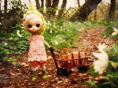 I do not know where she is going ...   Flickr - Photo Sharing!