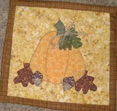 Fall Pumpkin With Jute Bow Wall Hanging by sewinsy on Etsy Fall Applique, Applique Quilts, Embroidery Applique, Embroidery Patterns, Quilt Patterns, Little Acorns, Miniature Quilts, Sewing Appliques, Quilted Table Runners