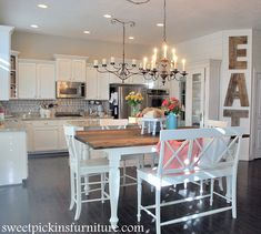 """Kitchen Table Makeover: """"Best DIY Projects"""" Highlights! 