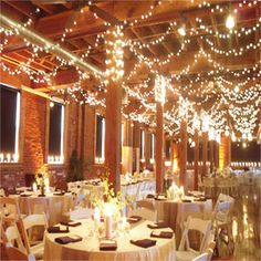 For a rustic venue using this kind of light arrangement gives a fabulous look!