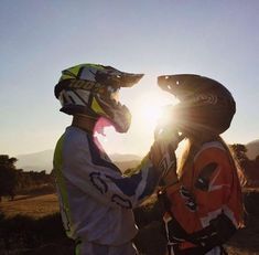 Dirt bike couple pictures life 68 ideas for 2019 Dirt Bike Couple, Motocross Couple, Biker Couple, Motocross Girls, Couples Quotes Love, Cute Couples Photos, Cute Couples Goals, Couple Quotes, Couple Pictures
