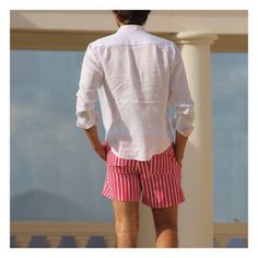 """""""Sunday lunch on #mustique...a cool white linen shirt with a pair of bamboo print #swimshorts. #mensbeachfashion"""" Photo taken by @pinkhousemustique on Instagram, pinned via the InstaPin iOS App! http://www.instapinapp.com (03/29/2015)"""