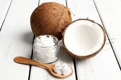 Coconut Oil Uses - Five Ways Coconut Oil Can Change Your Beauty Routine 9 Reasons to Use Coconut Oil Daily Coconut Oil Will Set You Free — and Improve Your Health!Coconut Oil Fuels Your Metabolism! Coconut Oil Coffee, Coconut Oil For Dogs, Coconut Oil Pulling, Coconut Oil Uses, Benefits Of Coconut Oil, Coconut Oil For Skin, Oil Benefits, Cellulite, Bio Oil Uses