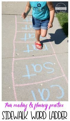 Sidewalk Word Family Ladder is such a fun way for kids to practice reading and achieve fluency with some outdoor, summer learning FUN for preschool, prek, kindergarten, first grade, and second grade kids.