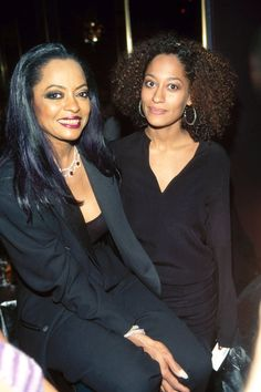 Diana Ross & Tracee Ellis Ross - Like Mother, Like Daughter: 11 Famous Moms And Their Celebrity Offspring Diana Ross, Celebrity Babies, Celebrity Photos, Celebrity Portraits, Celebrity Style, Black Celebrities, Celebs, Beautiful Celebrities, My Black Is Beautiful