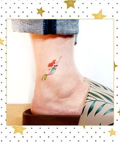 17 Disney Tattoos That'll Take You Back to Childhood 17 Disney Tattoo Ideas That Are More Magical Than Disneyland Clover Tattoos, Bff Tattoos, Arrow Tattoos, Friend Tattoos, Mini Tattoos, Cute Tattoos, Small Tattoos, Tattos, Hp Tattoo
