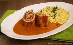 Wonder Wunderbare Küche: Schweinerouladen mit Tomatenfüllung und Butterspät...