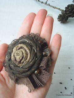 "Купить Брошь ""Шоколадно-ореховая"" (коричневый, золотистый) - коричневый, подарок, женственный стиль, бохо, броши Handmade Headbands, Brooches Handmade, Handmade Flowers, Handmade Soaps, Handmade Rugs, Handmade Silver, Handmade Crafts, Shabby Chic Flowers, Lace Flowers"