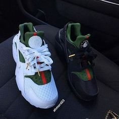 Today we are going to make a small chat about 2019 Gucci fashion show which was in Milan. When I watched the Gucci fashion show, some colors and clothings. Gucci Mens Sneakers, Cute Sneakers, Sneakers Fashion, Sneakers Nike, Fashion Outfits, Stilettos, Pumps, Zapatillas Nike Huarache, Nike Shoes Huarache