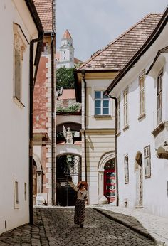 Bratislava Day Trip – Tips & Attractions European Destination, Czech Republic, Day Trip, Hungary, Wonders Of The World, Panama, Attraction, Travel Destinations, Tours