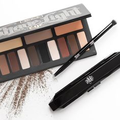 #Sephora 2015 Twitter Fan Pick: Kat Von D Shade + Light Eye Contour Palette. An eye contouring palette featuring three color quads in neutral, cool, and warm shades.
