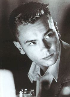 River Phoenix.....I loved him!!! I had his pictures all over my room...when he passed away i cried for days