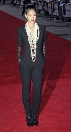 Jumpsuit and pearls!! Rihanna